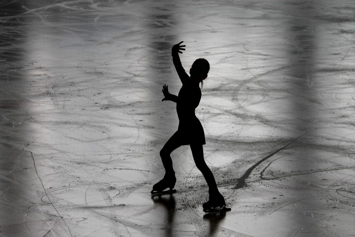 YOUNG SKATERS | Learning figure skating